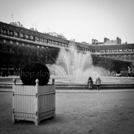 Enfants, Palais-Royal, Paris